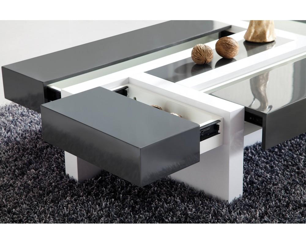 Table basse comment bien la choisir pour mettre votre for Table de salon moderne