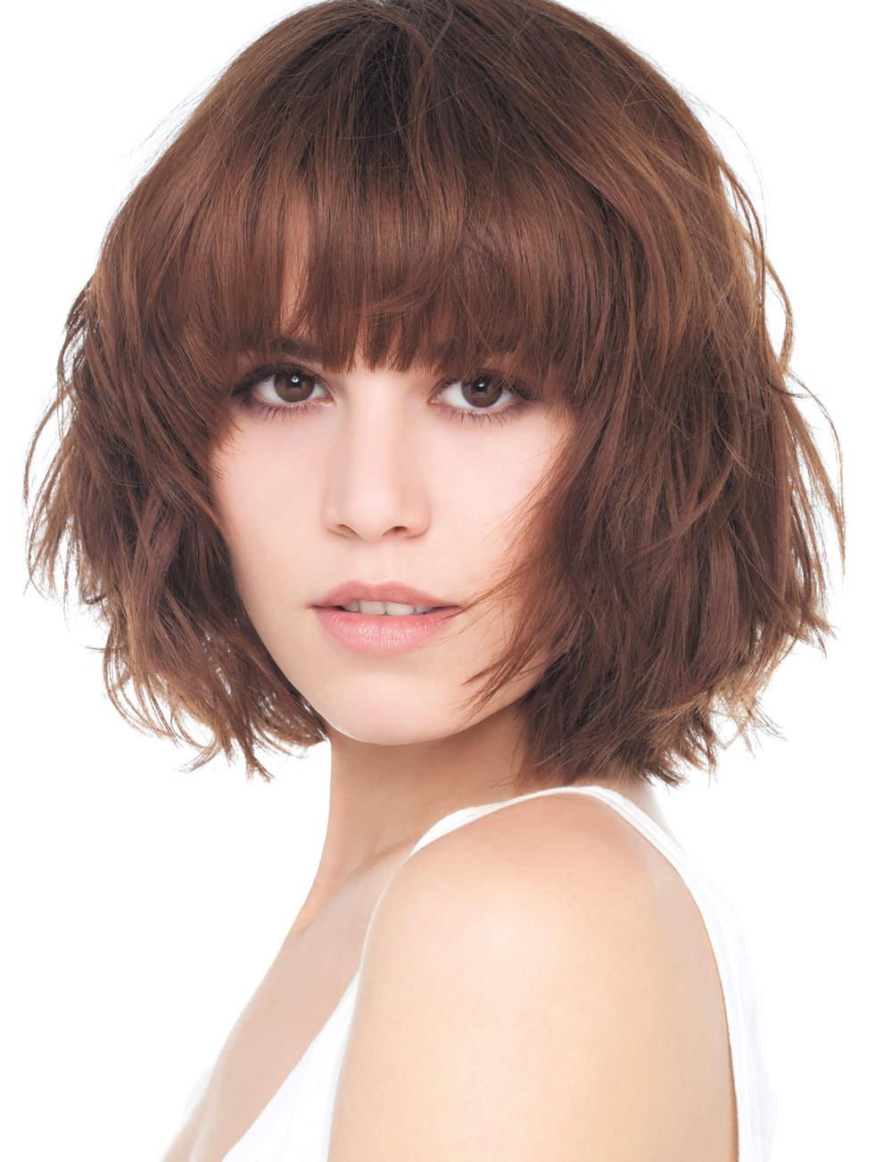Changer de coupe de cheveux beautiful coiffeuse design pour chambre changer la couleur de vos - Changer de coupe ...