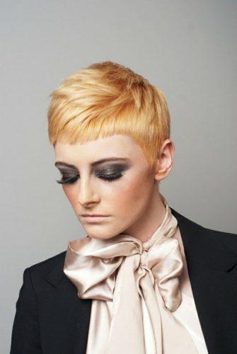 Coupe de cheveux, je me fais une nouvelle coiffure
