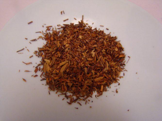 Charbon végétal, il est efficace pour les maux de ventre